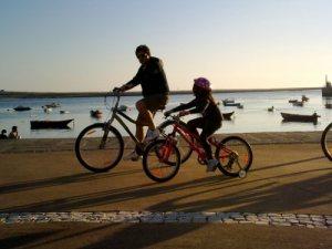 pedalar acompanhado