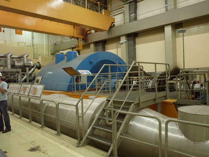 bonito, e limpo, por dentro do núcleo do reator - nunca foi usado!