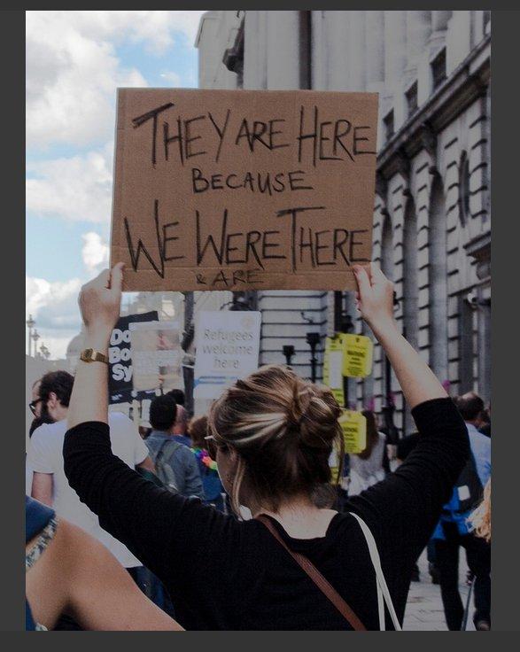 Porque tem pobres no Mundo - por que os Eurupeus foram lá e tudo roubaram.